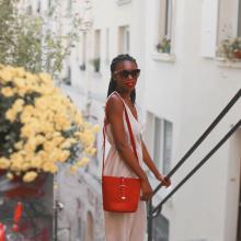PRÉNOM ❣️ - Silvia c'est le prénom de celle qui assorti toujours la couleur de son sac à celle de son rouge à lèvres. C'est aussi le prénom de ce sac.⠀⠀⠀⠀⠀⠀⠀⠀⠀ Silvia est à retrouver en Ventes Privées à -40% sur notre eshop ❤️⠀⠀⠀⠀⠀⠀⠀⠀⠀ -⠀⠀⠀⠀⠀⠀⠀⠀⠀ Sac Silvia⠀⠀⠀⠀⠀⠀⠀⠀⠀ #ventesprivees #librebelleepanouie #sabrinaparis #welovesabrinaparis