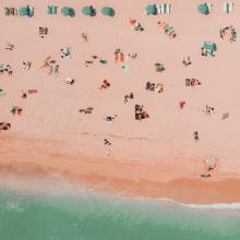 PLAGE 🏖 - Un petit coin de paradis.⠀⠀⠀⠀⠀⠀⠀⠀⠀ Quel est votre coin de paradis l'été ?⠀⠀⠀⠀⠀⠀⠀⠀⠀ -⠀⠀⠀⠀⠀⠀⠀⠀⠀ #plage #paradis #summer