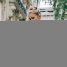 PRÉNOM ❣️- Elisabeth c'est le prénom de celle qui met des paillettes dans ta vie !⠀⠀⠀⠀⠀⠀⠀⠀⠀ Tague la copine qui met des paillettes dans ta vie ✨⠀⠀⠀⠀⠀⠀⠀⠀⠀ Elisabeth est disponible en 7 coloris : noir, miel, ardoise, grenade, cuir, bleu paon & bourgogne sur l'eshop ❤️⠀⠀⠀⠀⠀⠀⠀⠀⠀ -⠀⠀⠀⠀⠀⠀⠀⠀⠀ Sac Elisabeth⠀⠀⠀⠀⠀⠀⠀⠀⠀ #librebelleepanouie #sabrinaparis #welovesabrinaparis #nouvellecollection