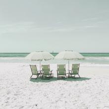 PLAGE 🌊 - Passer la journée au soleil, les pieds dans le sable fin, écouter la mer aller et venir...⠀⠀⠀⠀⠀⠀⠀⠀⠀ -⠀⠀⠀⠀⠀⠀⠀⠀⠀ #plage #summer
